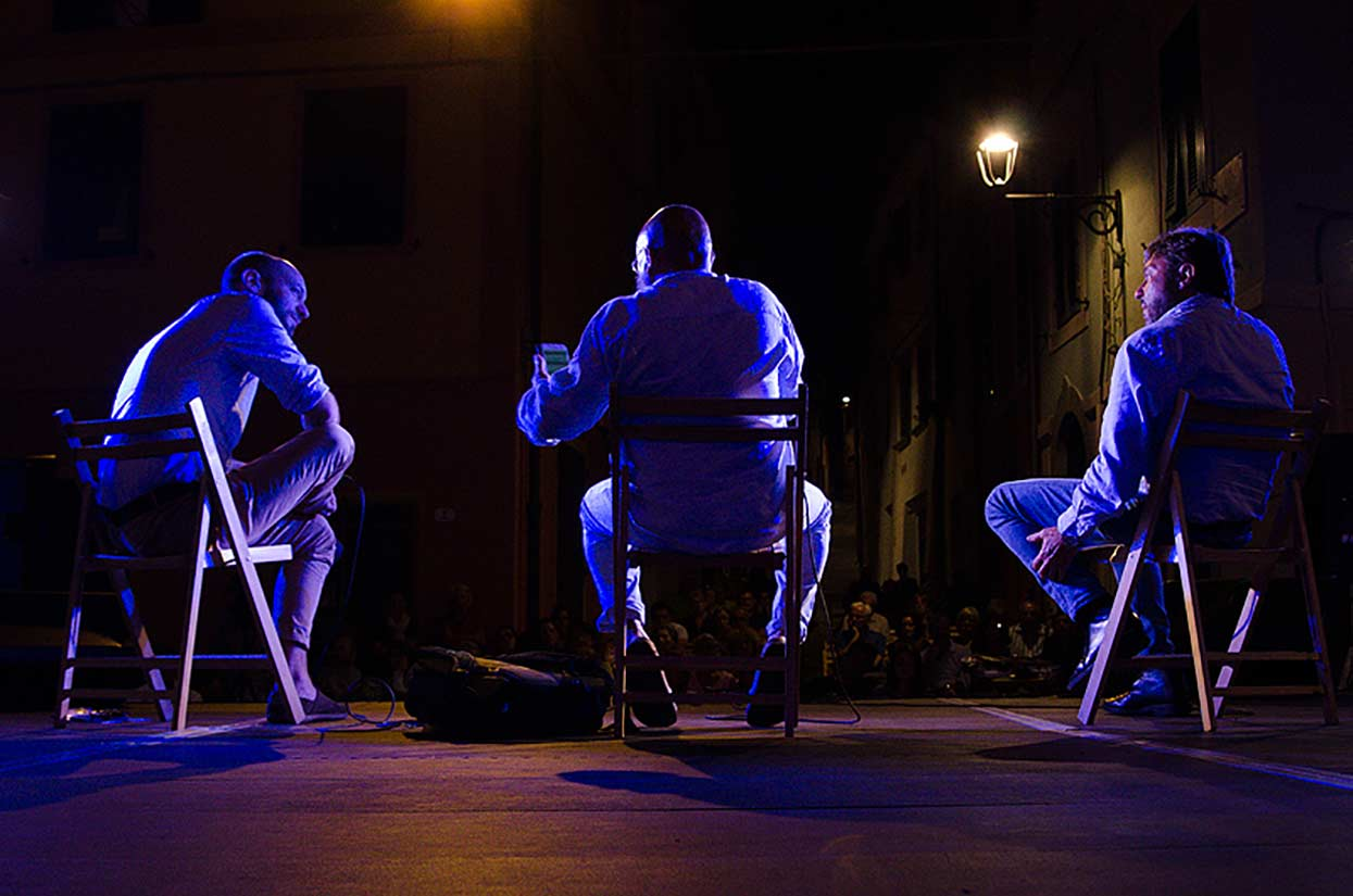 Dibattito : Il giornalismo d'inchiesta e i suoi effetti nella società. Stefano Lamorgese, Sigfrido Ranucci, Giovanni Tizian